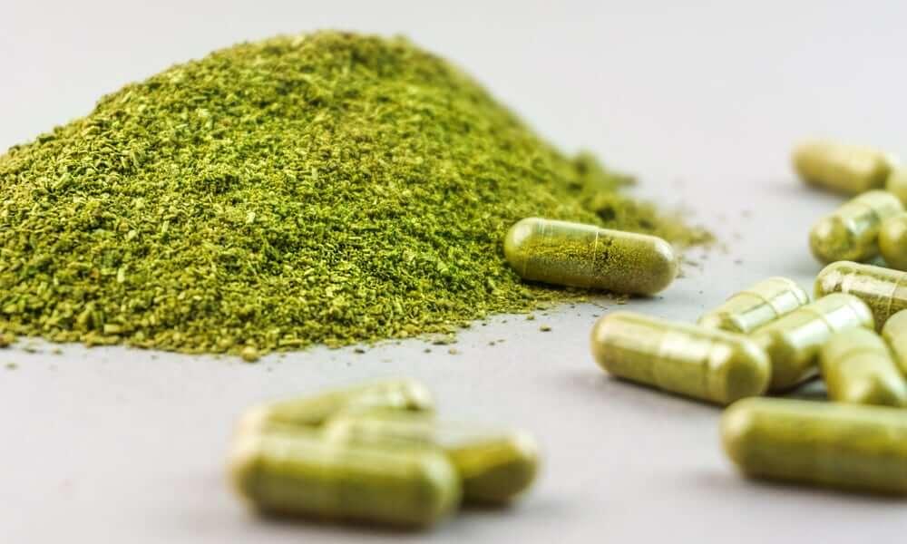 Kratom powder and capsule dose
